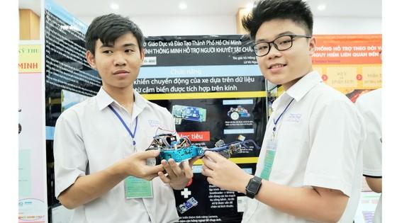 TPHCM: Hơn 100 đề tài nghiên cứu khoa học của học sinh trung học vào vòng chung kết ảnh 1