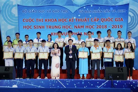 122 dự án nghiên cứu khoa học được trao giải tại cuộc thi Khoa học kỹ thuật khu vực phía Nam ảnh 3