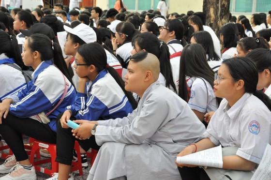 Hơn 7.000 học sinh THPT tham gia kỳ thi Olympic Tháng 4 năm 2019 ảnh 2