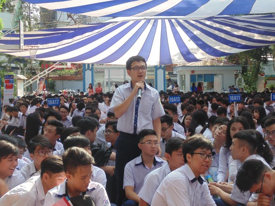 Học sinh TPHCM quyết tâm chống bạo lực học đường và dâm ô trẻ em ảnh 1