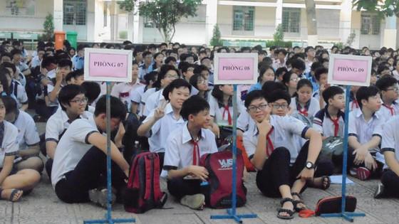 Hơn 80.000 thí sinh TPHCM bước vào môn thi đầu tiên kỳ thi tuyển sinh lớp 10 ảnh 2
