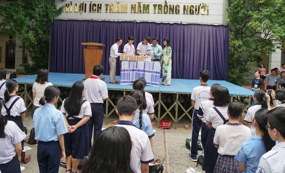 Hơn 80.000 thí sinh TPHCM bước vào môn thi đầu tiên kỳ thi tuyển sinh lớp 10 ảnh 10