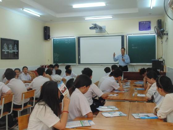 TPHCM: Không tổ chức xếp lớp theo trình độ học sinh ảnh 1