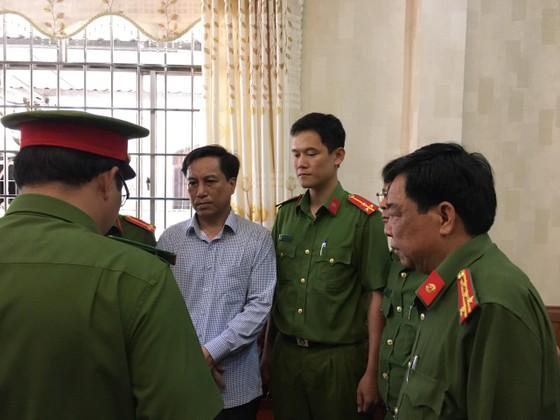 Trục lợi chính sách ở Trà Vinh: Bắt Nguyên Chủ tịch và Phó Chủ tịch UBND TP Trà Vinh ảnh 2