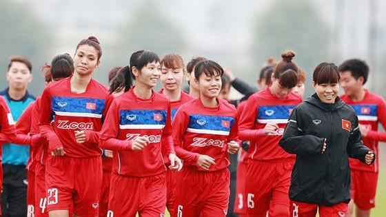 Đội nữ Việt Nam sẽ đi Nhật Bản tập huấn. Ảnh: NGỌC HẢI