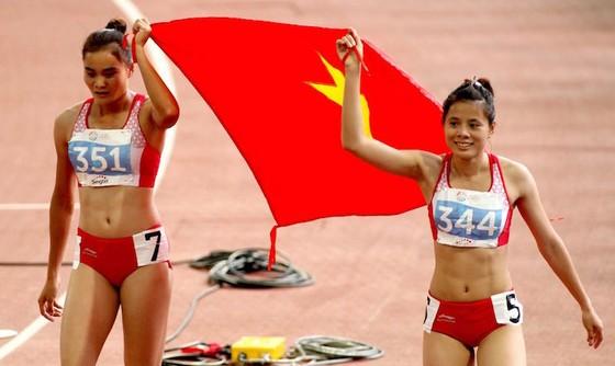Lan - Huyền luôn có sự cạnh tranh ở giải vô địch quốc gia. Ảnh: BÁCH NHẬT