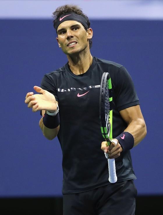Rafael Nadal mạnh mẽ tiến vào chung kết