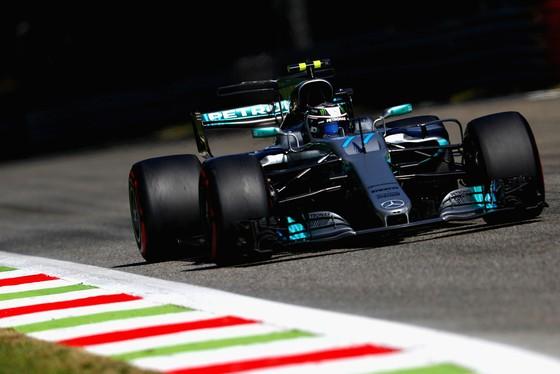 Bottas sẽ tiếp tục đua cho Mercedes ở mùa sau