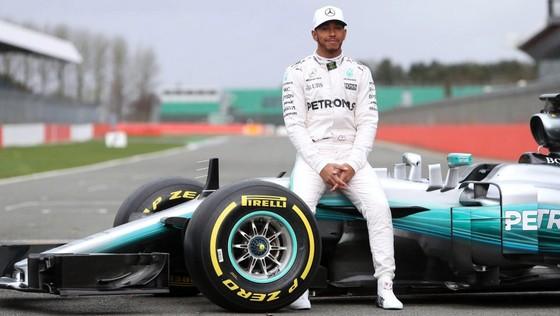 Lewis Hamilton có một mùa giải quá thành công