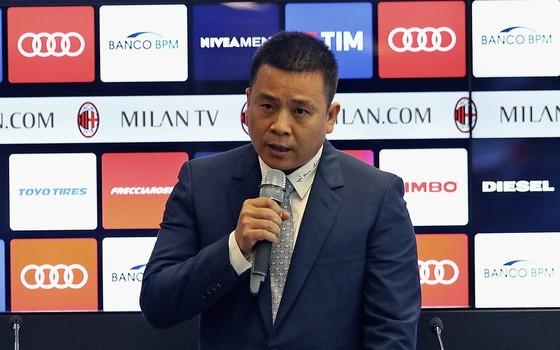 Nhà đầu tư Yonghong Li tiếp quản AC Milan. Ảnh ANSA