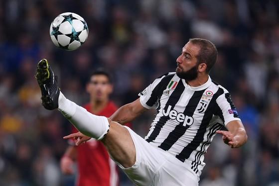Gonzalo Higuain (Juventus) sẽ lại tòa sáng khi đối mặt Olympiakos. Ảnh: Getty Images.