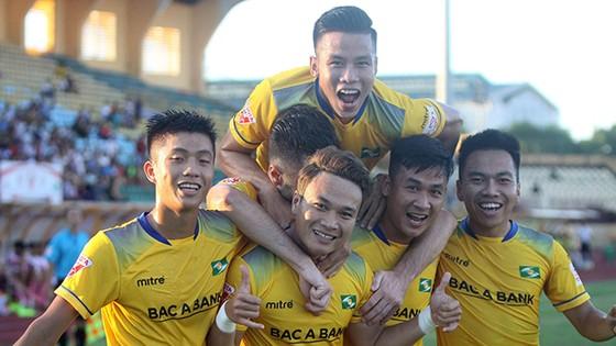 Quảng Nam - SLNA 3-3 (chung cuộc SLNA thắng 7-4)