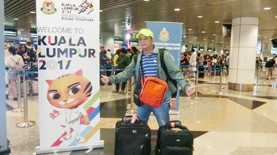 Phóng viên báo SGGP tại sân bay
