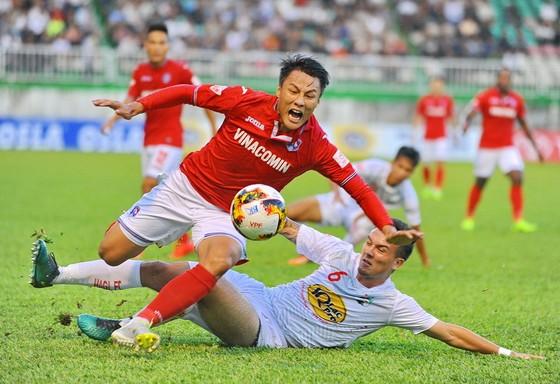 Lịch thi đấu V-League 2017 sẽ điều chỉnh ở các vòng 18, 19 và 20. (Ảnh: ANH TIẾN)