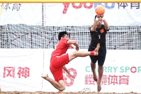 Nguyễn Tiến Dương khi còn là thủ môn đội tuyển BĐ bãi biển Việt Nam