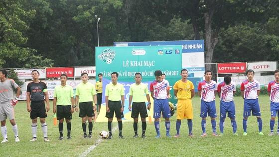 Sân chơi của bóng đá phong trào TPHCM được khai mạc từ chiều 7-10. (Ảnh: ANH TRẦN)