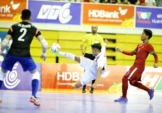 Đội tuyển Việt Nam đặt 1 chân vào bán kết sau chiến thắng trước Indonesia. Ảnh: BẠCH DƯƠNG