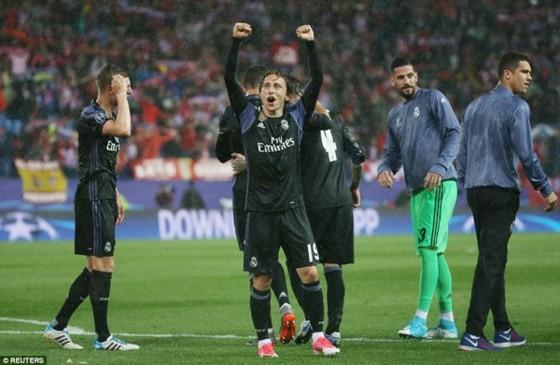 Real Madrid bước vào chung kết Champions League