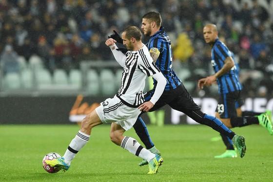 Hậu vệ Giorgio Chiellini (trái) tin rằng Juventus đã cải thiện đáng kể về chất lượng và kỹ thuật của họ trong mùa bóng này.