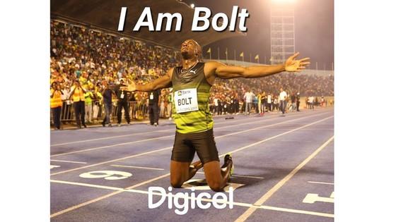 Usain Bolt chào khán giả ở giải đấu cuối cùng tại quê nhà.