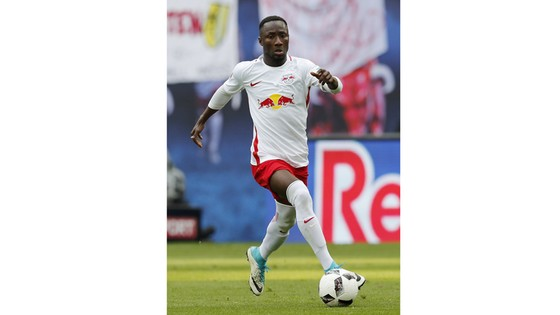 Naby Keita sẽ chỉ rời RB Leipzig với mức phí không thấp hơn 70 triệu bảng.