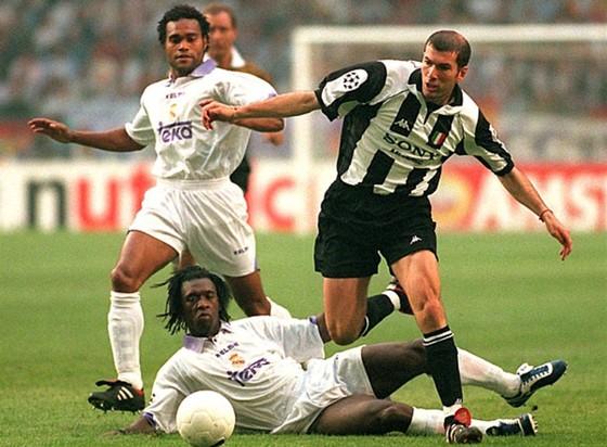 Năm 1998, Real lấy đi của Juve chiếc cúp như cướp mất cô con gái mối tình đầu của tôi…