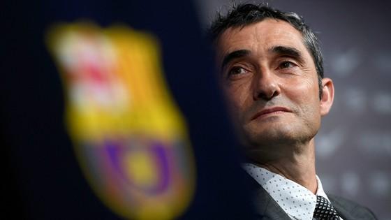 Valverde cần 4 tân binh cho Barca.