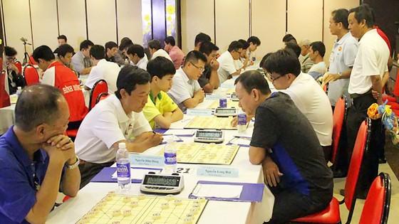 Các kỳ thủ tranh tài tại giải vô địch cờ tướng 2017         Ảnh: TUẤN AN