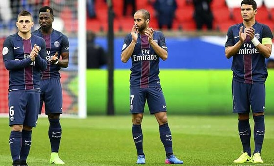 PSG (giữa) vào chung kết Cúp Quốc gia Pháp sau khi đánh bại Monaco.