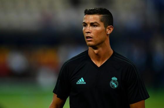 Ronaldo muốn ở lại Real lâu dài. Ảnh: Getty Images