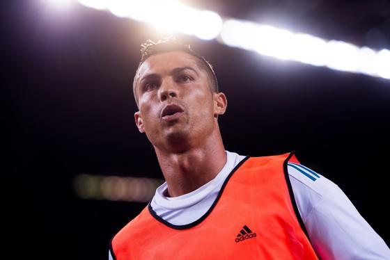 Ronaldo không hài lòng với phát biểu của HLV Mourinho. Ảnh: Getty Images