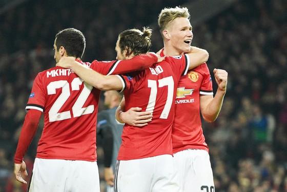 Man.United tiến sát vòng knock-out Champions League lần đầu tiên sau 4 năm. Ảnh: Getty Images