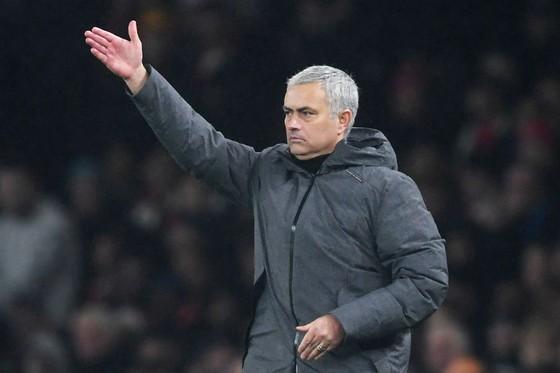 Jose Mourinho tin David Silva chấn thương chỉ là đón gió từ Pep Guardiola. Ảnh: Getty Images