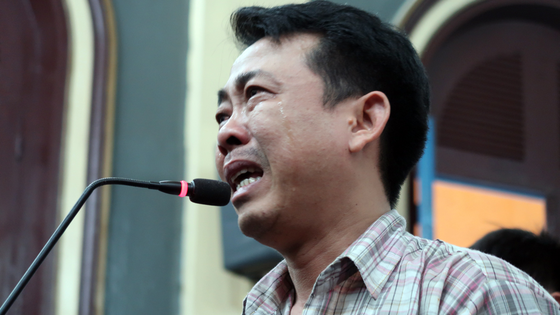 Xét xử phúc thẩm vụ VN Pharma: Bị cáo Nguyễn Minh Hùng bật khóc khi nói lời cuối cùng ảnh 1