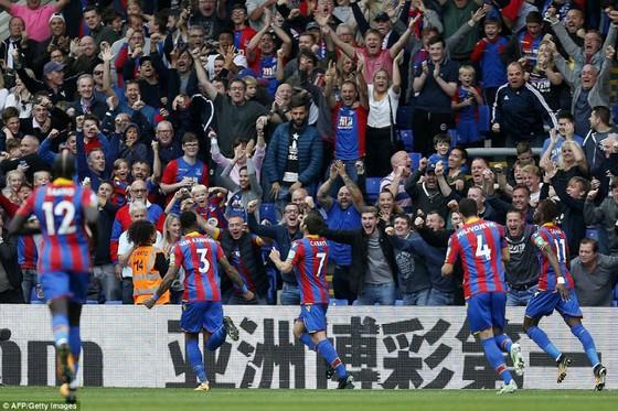 Vòng 8, Crystal Palace - Chelsea 2-1: Trận thua thảm họa của The Blues! ảnh 4