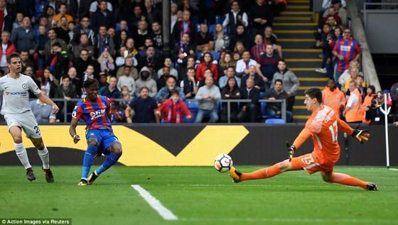 Vòng 8, Crystal Palace - Chelsea 2-1: Trận thua thảm họa của The Blues! ảnh 3