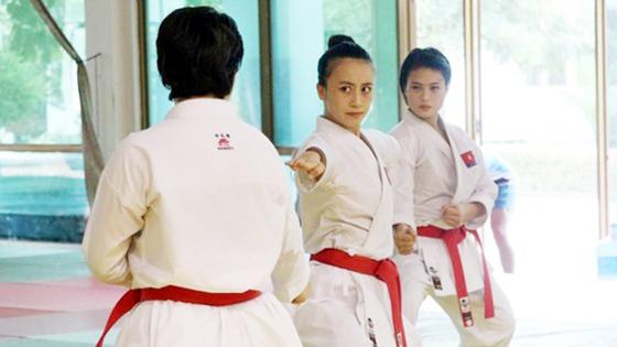 Võ sĩ karatedo Việt Nam luyện tập quên ngày nghỉ ảnh 3