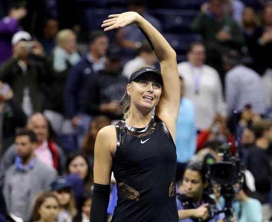 """Sharapova và Wozniacki – """"mỹ nhân đại chiến"""" ảnh 1"""