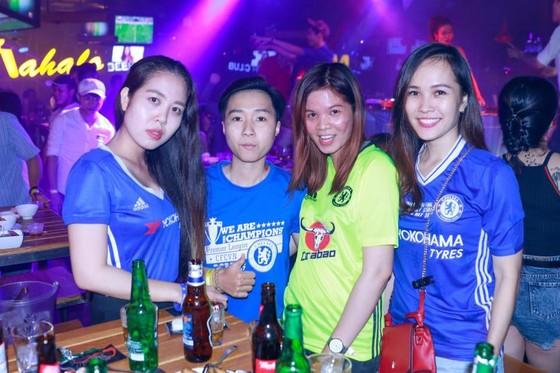 """True Blue Sài Gòn """"phục kích"""" trận Leicester – Chelsea  ảnh 1"""