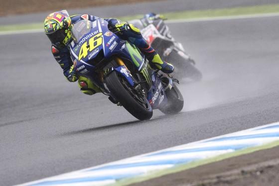 Vô địch Japanese Grand Prix, Dovizioso giành chiến thắng thứ 5 trong mùa ảnh 2