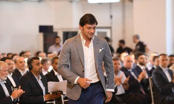 Cựu hậu vệ Milan Kaladze trở thành Thị trưởng Tbilisi ảnh 2