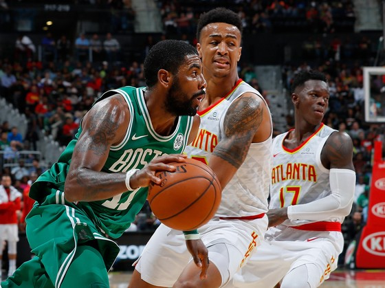 Bóng rổ NBA - Booker đạt cột mốc 3.000 điểm ảnh 1