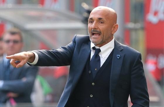 Inter sẽ mua Vidal, Pastore hay Oezil? ảnh 1