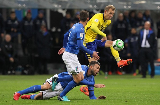 Play-off World Cup 2018: Italia bỏ lỡ World Cup, Thụy Điển giành quyền đến Nga ảnh 1