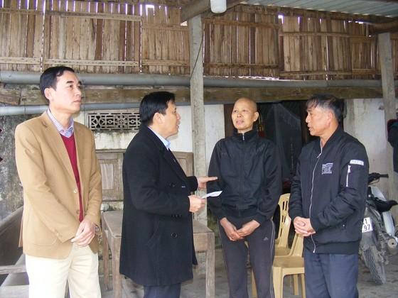 Báo SGGP trao quà Tết cho đồng bào nghèo tại Nghệ An ảnh 1