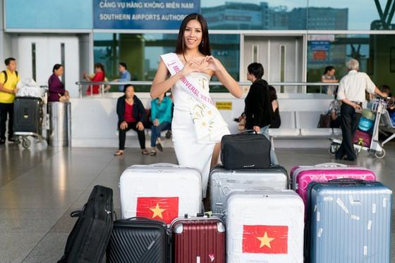 Á hậu Nguyễn Thị Loan lên đường tham gia Hoa hậu Hoàn vũ Thế giới 2017 ảnh 3