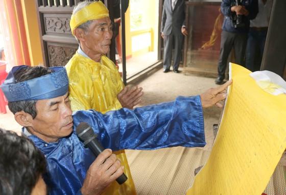 Nghề mộc làng Kim Bồng rộn ràng giỗ Tổ ảnh 1