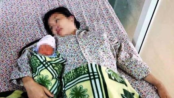 Hy hữu: Cứu sống mẹ con sản phụ bị vỡ tử cung rất nguy kịch ảnh 2