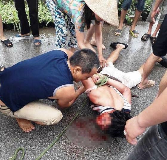 """Sự thật về kẻ """"bắt cóc trẻ em"""" ở Văn Giang bị người dân đánh dã man ảnh 1"""