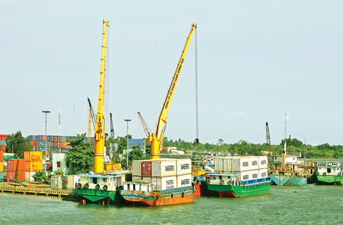 Thừa cảng, đói hàng ảnh 1